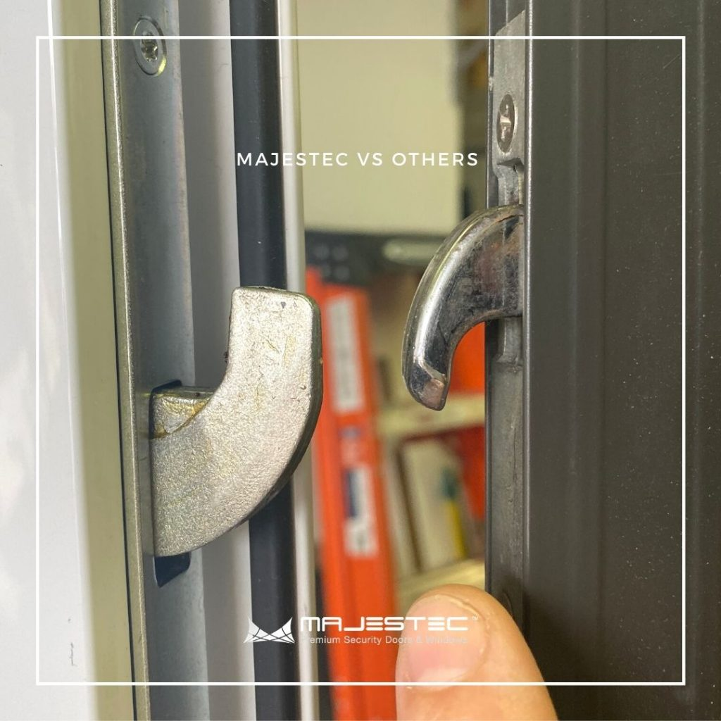 Security three-point locks for security screen doors - Majestec, SoCal